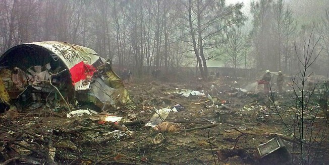 Katastrofa w Smoleńsku - wrak samolotu tuż po katastrofie
