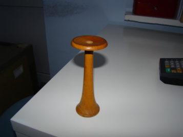 Drewniana słuchawka lekarska w Mosinie