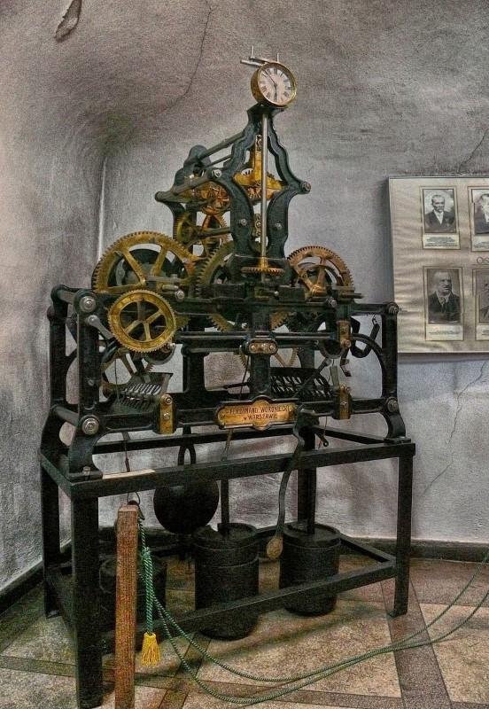 stary zegar wieżowy