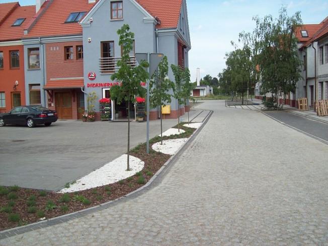 Rynek w Puszczykowie od ul. Kościelnej