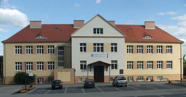 Centrum Animacji Kultury, biblioteka miejska w Puszczykowie