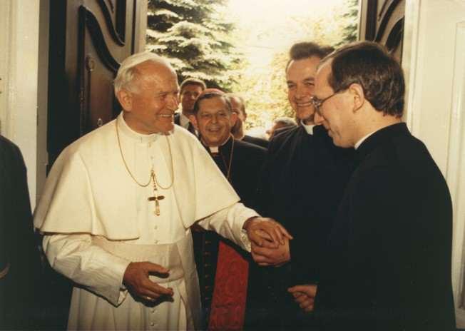 Jan Paweł II w rezydencji Prymasa Polski, Józefa Glempa