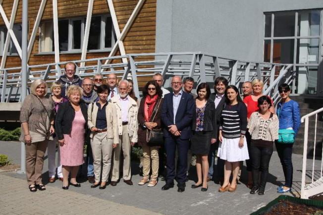 Wizyta delegacji zdjęcie grupowe
