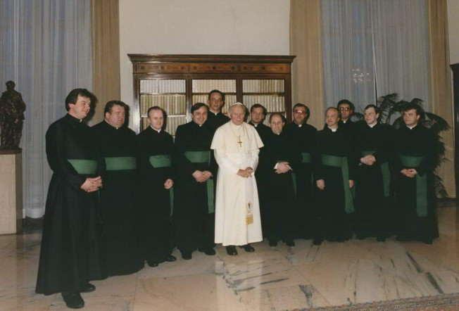 Jan Paweł II z Braćmi zgromadzenia Serca Jezusowego