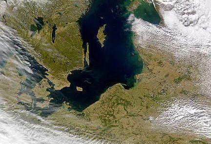 morze bałtyckie zima w Polsce, zdjęcie satelitarne