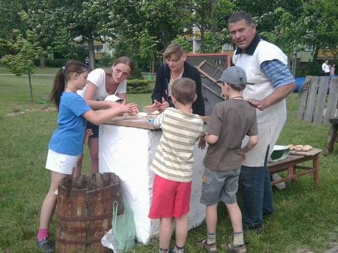 Zajęcia z dziećmi w Wiejskiej Zagrodzie