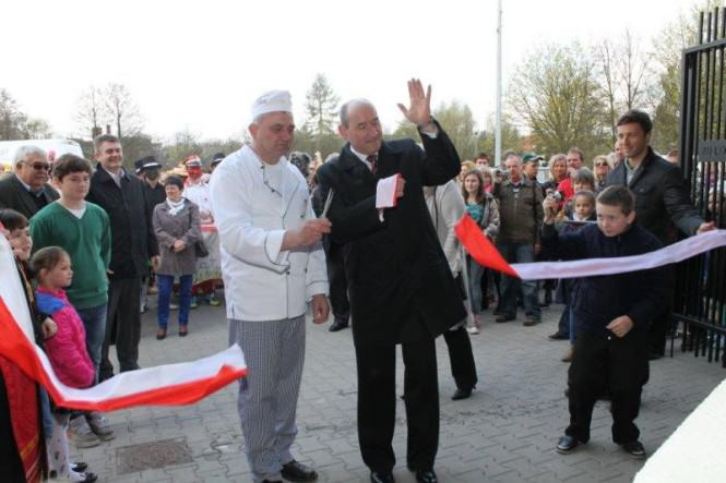 Niedziela Palmowa oraz otwarcie Zielonego Rynku w Mosinie - z piekarzem