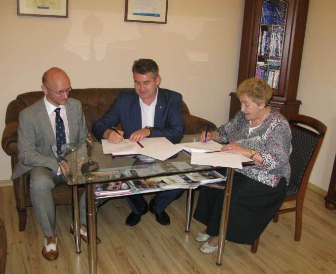 porozumienie o  współpracy między Gminą Mosina a uczelnią wyższą z Poznania