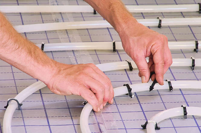 ogrzewanie podłogowe montaż