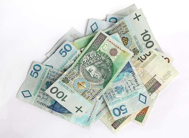 przetargi pieniadze