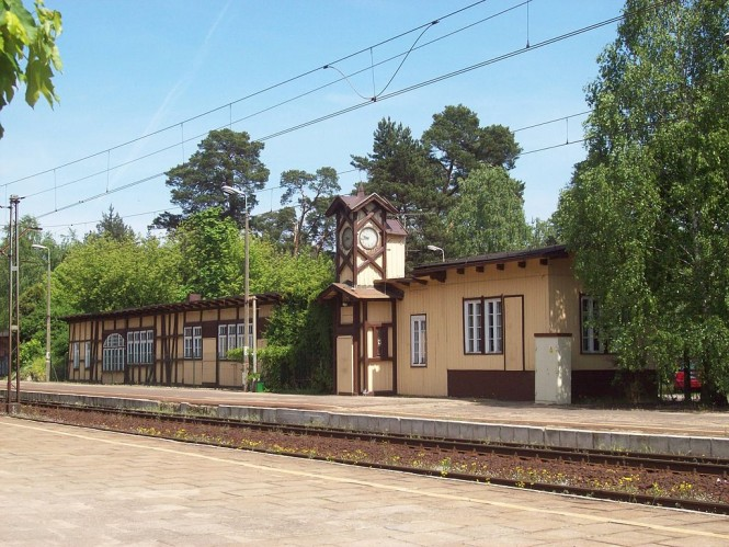 zabytkowy dworzec PKP Puszczykowo