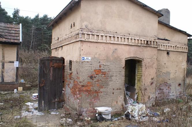 Modernizacja linii kolejowej - budynek do rozbiórki