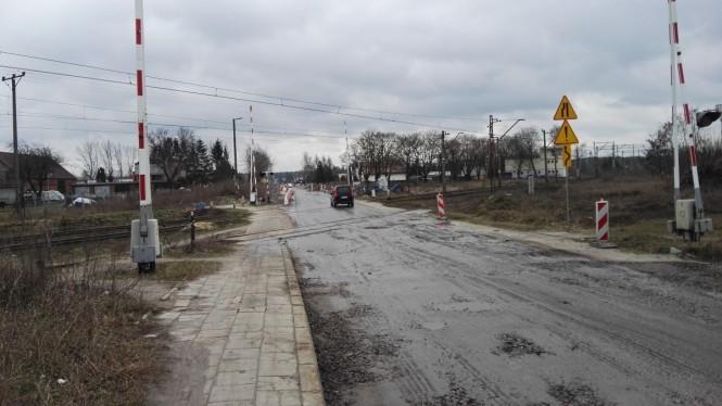 przejazd kolejowy przed remontem ul. Sremska