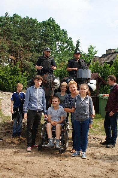 VIII PIKNIK NA KOŃSKIEJ POLANIE Wychowankowie SOSW