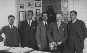 Józef Mackiewicaz z redakcją
