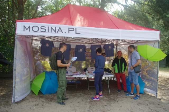 stoisko gminy Mosina - konkurs wiedzy o gminie