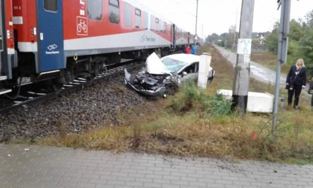 wypadek na przejeździe kolejowym - Krosno - Mosina