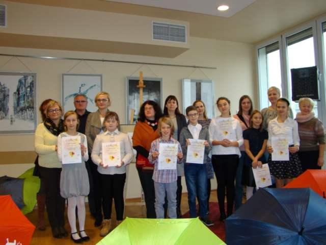 uczestnicy konkursu w kategorii klas IV - VI szkół podstawowych