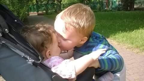 Emilka i Tymek - pocałunek
