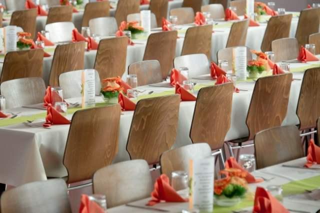 jak zaaranzowac sale weselna lub restauracje