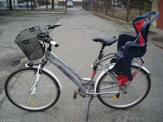 skradziony rower - komisariat w Mosinie