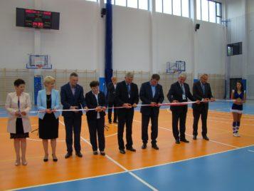 Hala sportowa w Puszczykowie otwarta