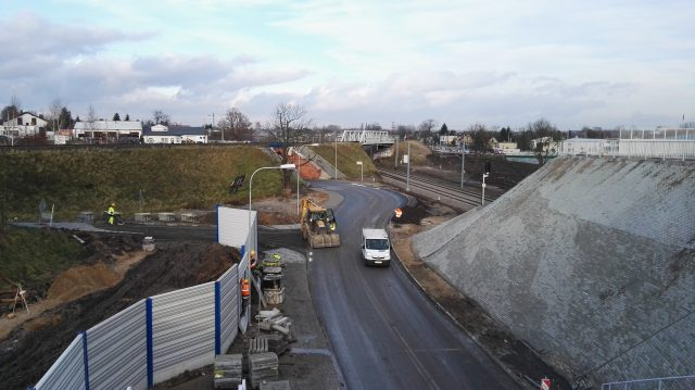 Wiadukt Łęczyca - Luboń - widok na ul. Krętą