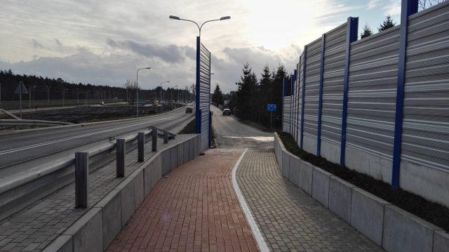 Wiadukt Łęczyca - Luboń ścieżka pieszo-rowerowa i ekrany akustyczne