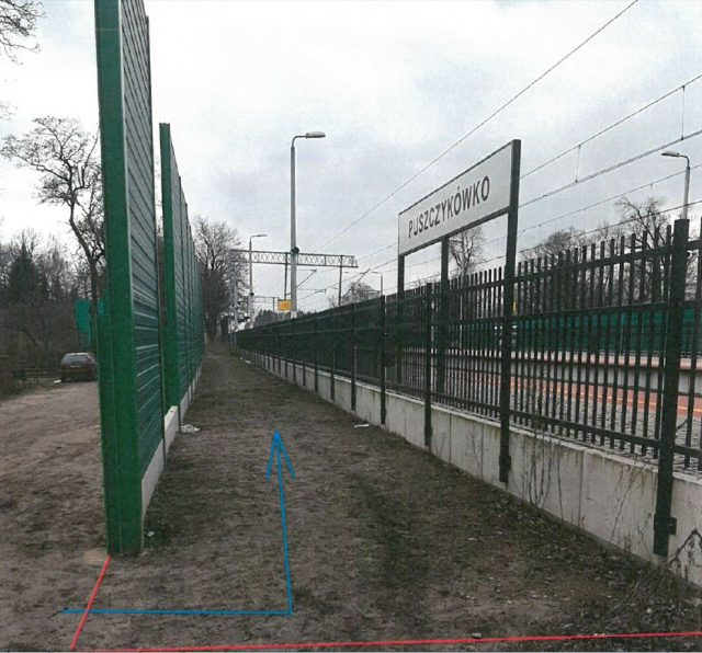 wstępna lokalizacja wejścia na peron w Puszczykówku