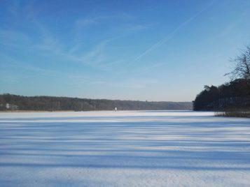 jezioro Góreckie zimą