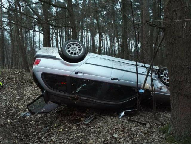 Wypadek pod Mieczewem fot. OSP Radzewice
