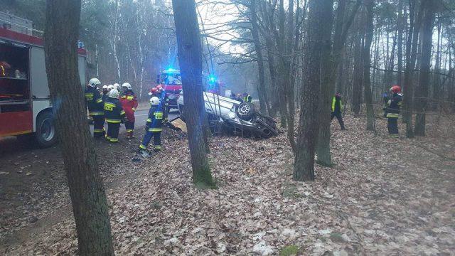 wypadek na trasie Mieczewo - Mosina fot. OSP Kórnik