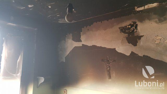 zniszczenia spowodowane pożarem