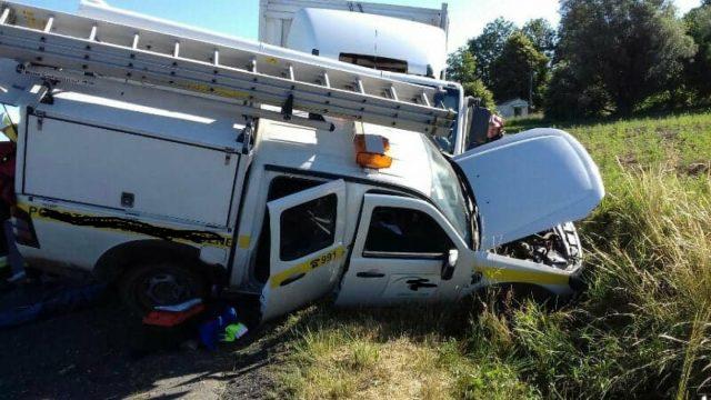 pojazd pogotowia energetycznego - wypadek na trasie Czempiń - Mosina