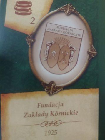 """Fundacja Zakłady Kórnickie - karta w grze """"Hrabia"""""""