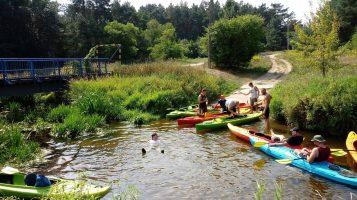 przerwa - kąpiel w rzece