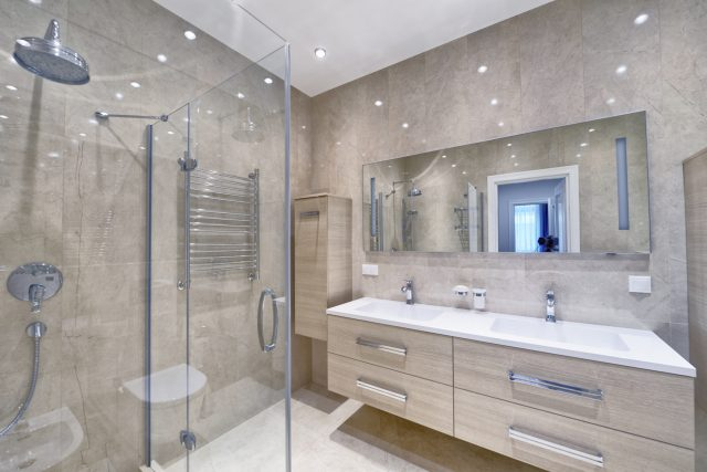 pięknie urządzona łazienka