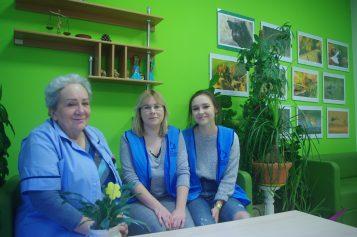 wolontariusze w Puszczykowie z p. Ewą Muszyńską