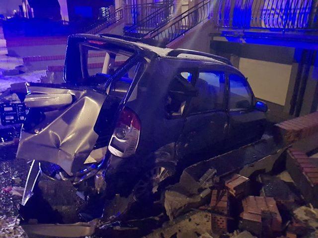 wypadek na ul. Strzeleckiej w Mosinie - Wrak pojazdu