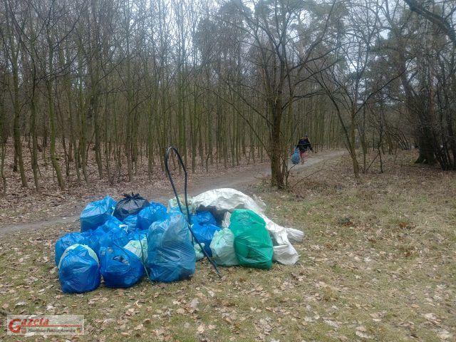 śmieci zebrane podczas akcji