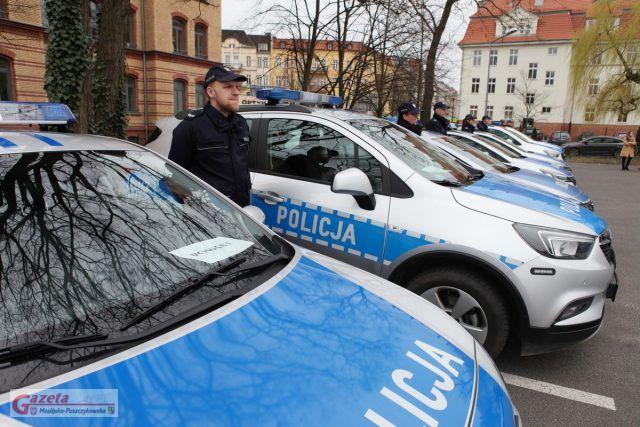 Policja otrzymała nowe radiowozy