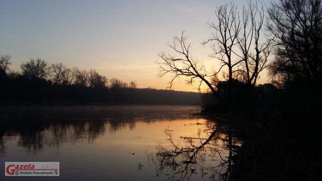Warta - zachód słońca - fot. Bernadeta Wilczek