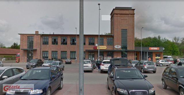 Biedronka przy ul. Farbiarskiej w Mosinie