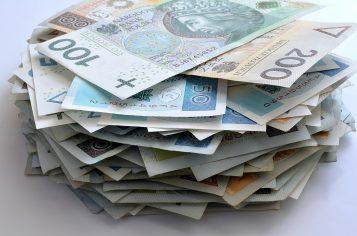 pieniądze - Kupić czy nie? Oto jest pytanie!