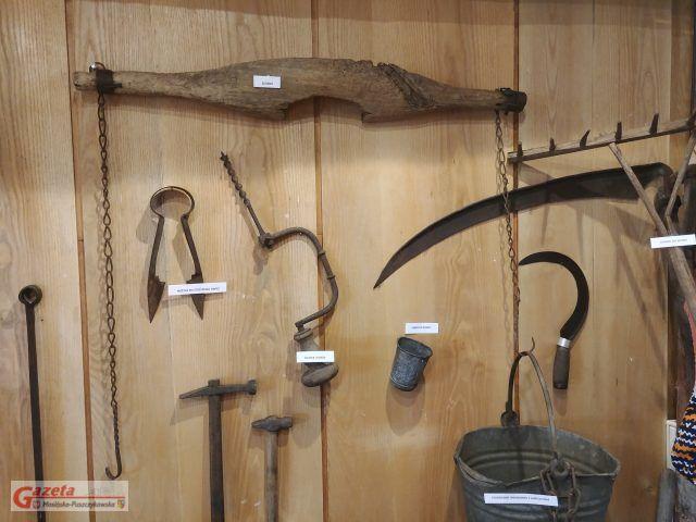 eksponaty w Galerii Sztuki w Mosinie