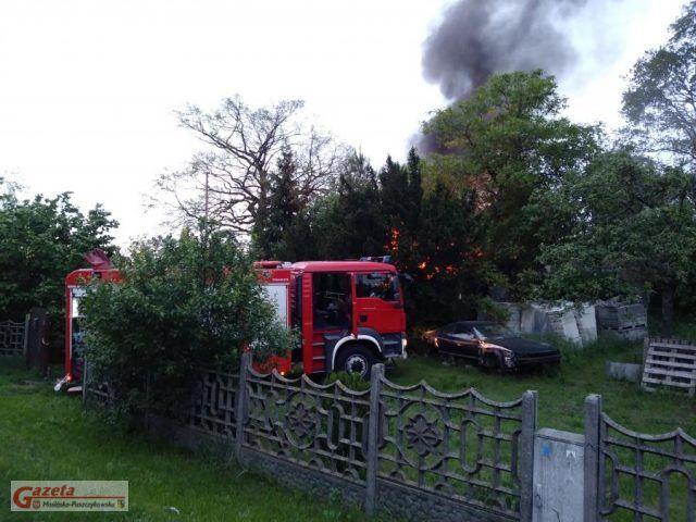 pożar budynku mieszkalnego w Puszczykowie