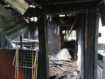 Rogalinek: spalony dom