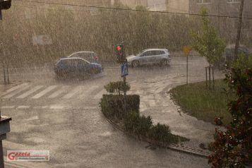 Ulewa w Mosinie - opady deszczu