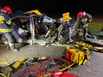 Wypadek - akcja ratownicza fot. OSP Stęszew