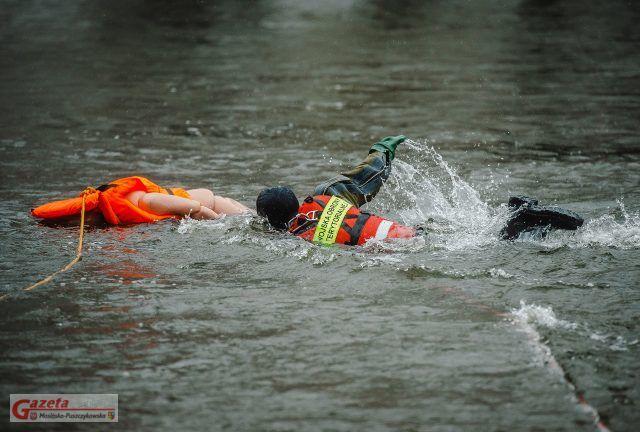 09.11.2019 - Luboń 12WBOT Ćwiczenie / Współdziałanie Straż Pożarn akcje ratunkowe